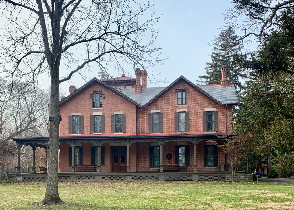 Visit the Rutherford B. Hayes Presidential Museum this winter with your kiddos | Building Bluebird
