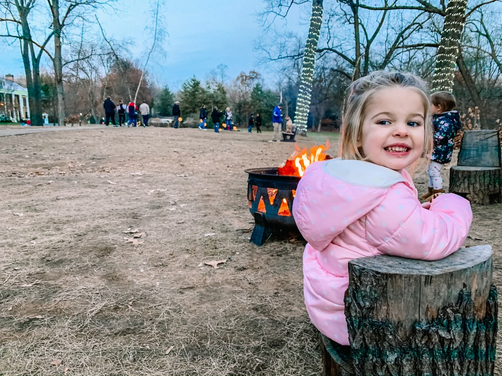 Take your kids to the Wildwood Manor House this Christmas for s'mores | Building Bluebird