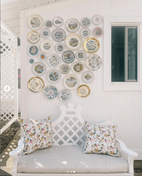 Ashley's plate collection creates harmony on the wall   Building Bluebird
