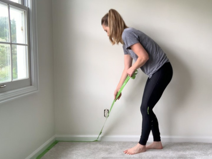 Simple tutorial for painting a room with carpeting | Building Bluebird #diy #paint #tutorial #alabaster #frogtape