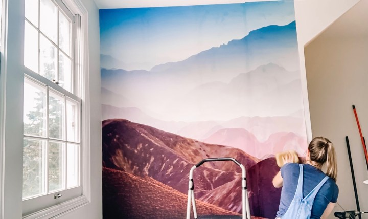 Hanging a Rebel Walls mountain mural on the wall | Building Bluebird  #rebelwalls #tutorial #wallpaper #diy