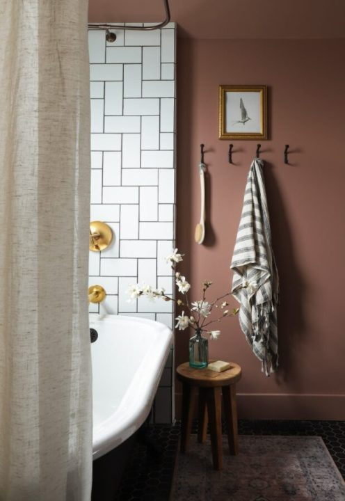 2021 Paint Color Trends - Modern Mocha by Behr | Building Bluebird #designtrends #paintcolors #homerenovation #diy #behrpaint #coty #2021coty #coloroftheyear