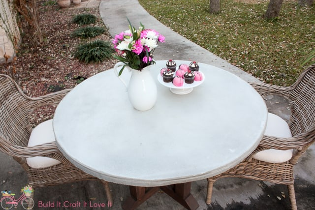 DIY Round Concrete Table Top