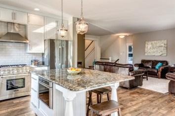 Home 401 Kitchen_1