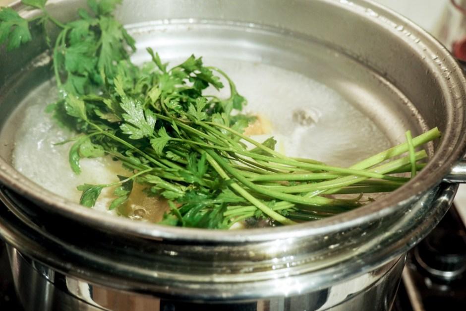 Add a small bundle of flat leaf parsley