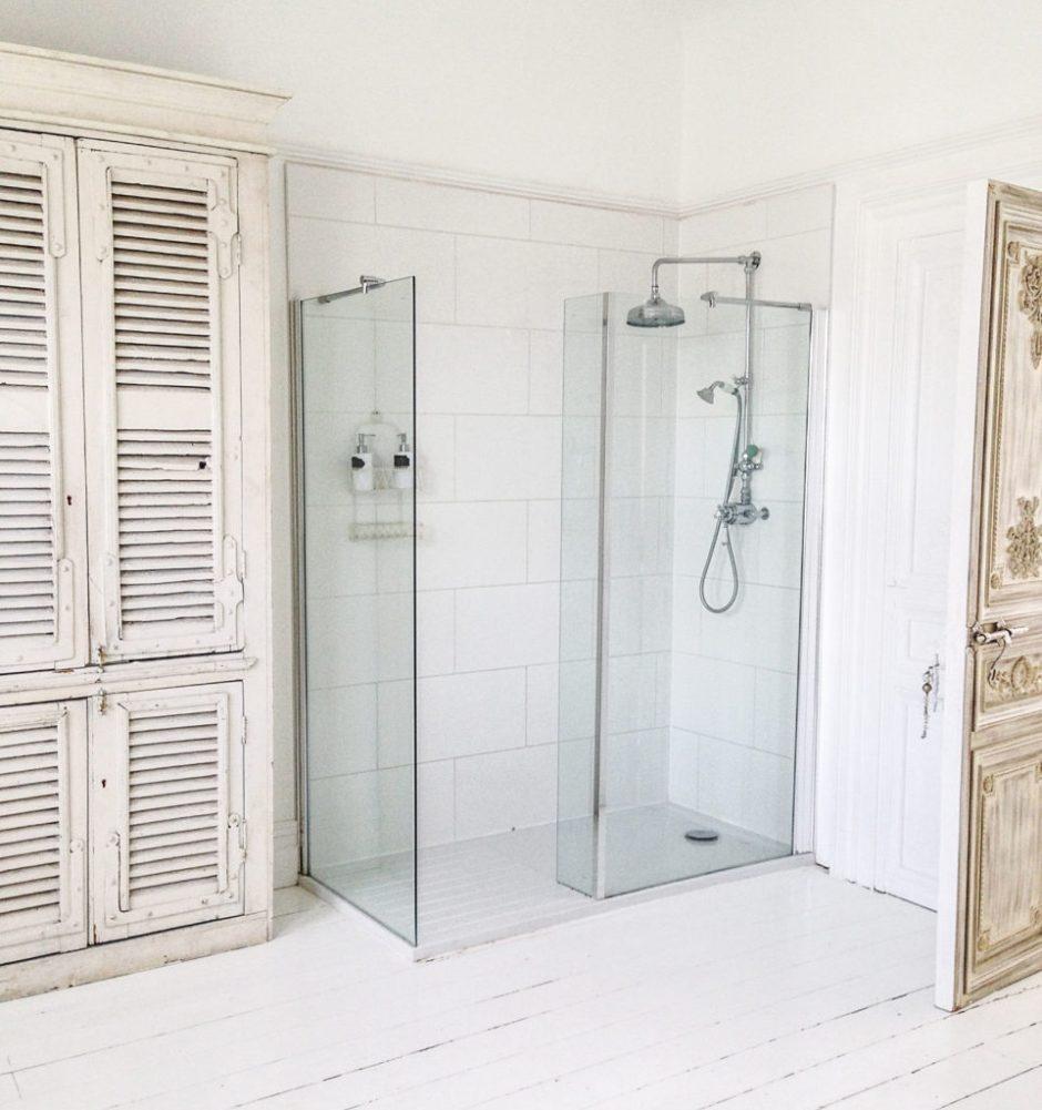 jola piesakowska buildmumahouse shower