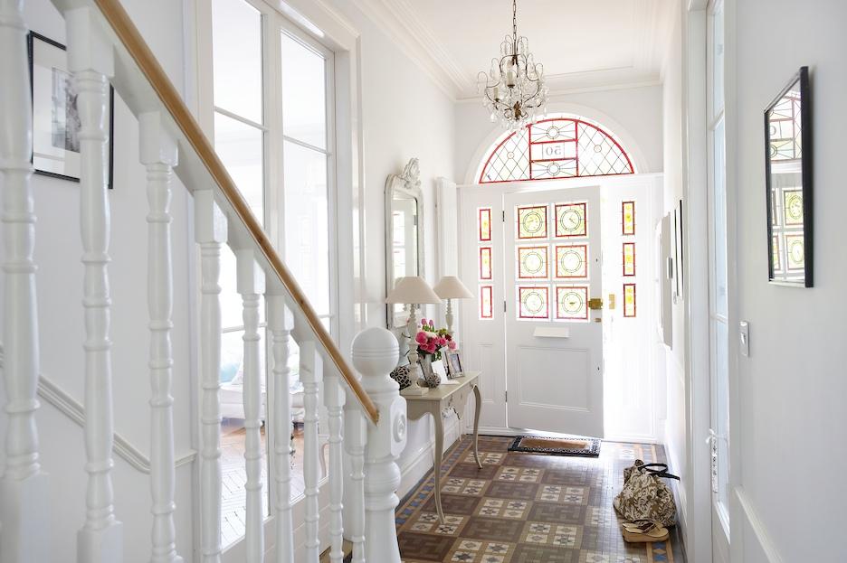 jola piesakowska buildmumahouse hallway balham home