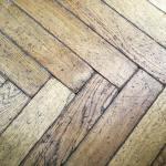 Herringbone flooring parquest