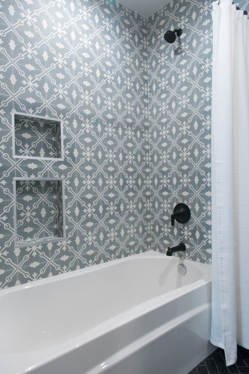 Main Bathroom Wall Tile - 3rd St New Build