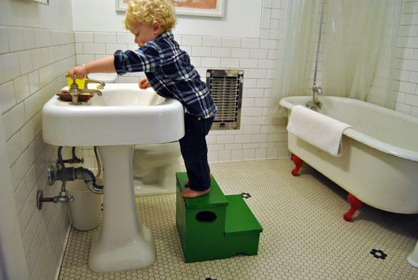 step-stool-storage