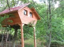 28 Inspiring Treehouse Designs