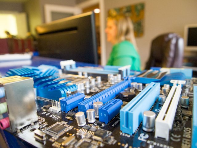 Tech Savvy motherboard