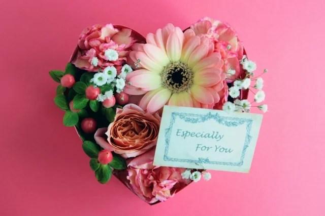 出産間近の退職者へ贈るお祝い〜プレゼントのマナーと注意点〜