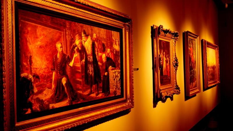 Dawne stajnie w willi Herbsta - obecnie galeria sztuki