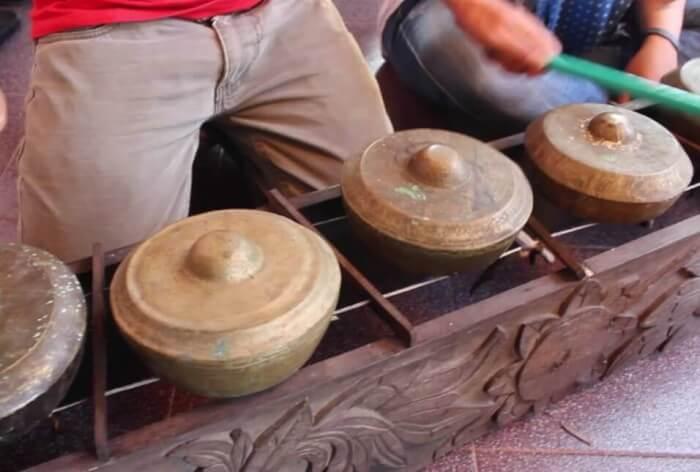 Alat Musik Tradisional Bangka Belitung Caklemong