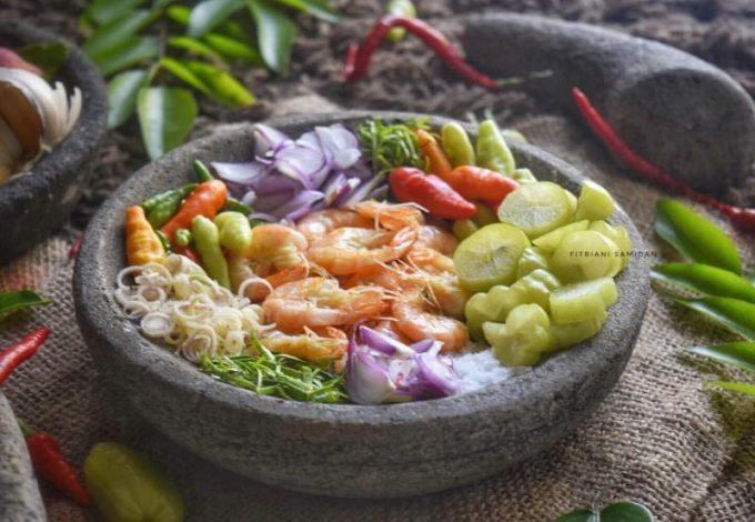 Makanan Tradisional Aceh Asam Udeung