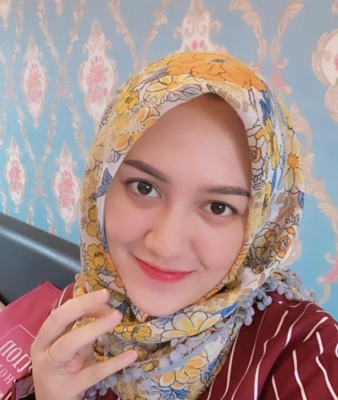Happy Asmara Penyanyi Lirik Lemah Teles