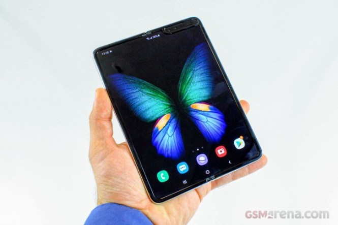 Samsung Galaxy Fold sold out in China once again