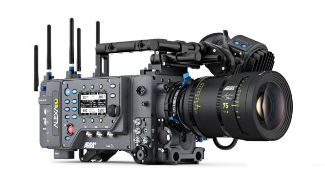 One of Hollywood's favorite cameras, the ARRI Alexa LF has a dynamic range of over 14 stops.