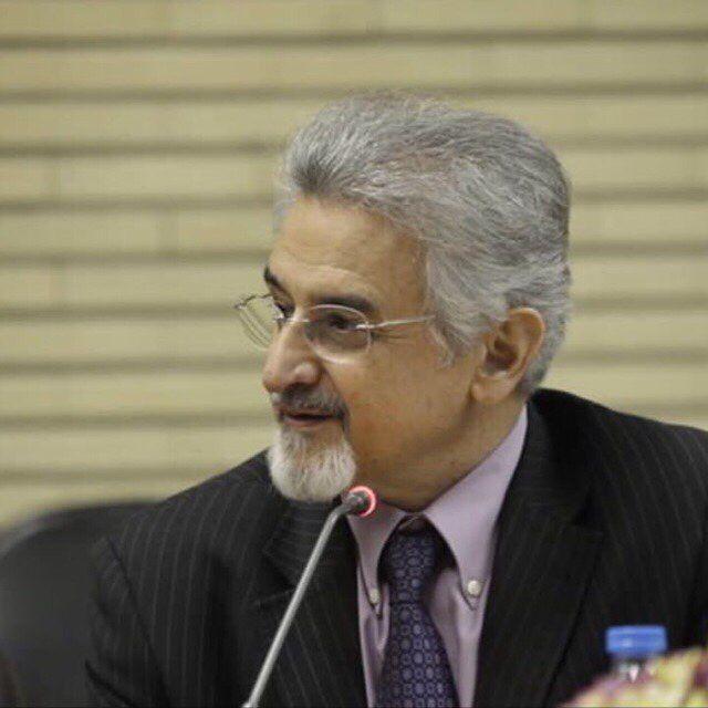 دوست عزیز دهباشی عزیز تسلیت مر ابپذیر تهران بدون دکتر شایگان چیزی کم دارد وشما تنهاتر. دکتر احمد جلیلی