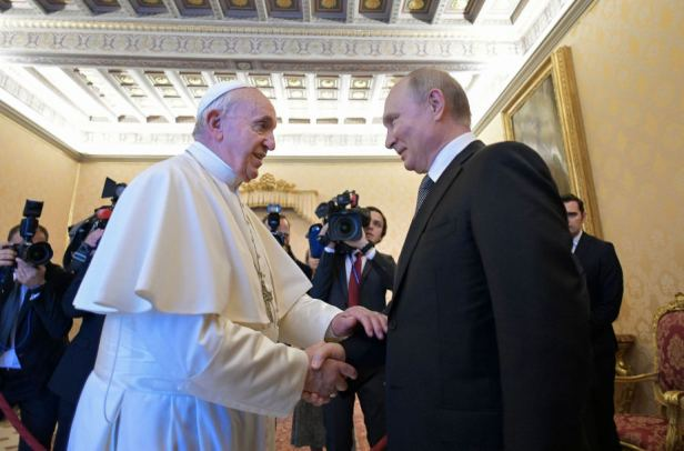 Popiežius Putinas AFP Scanpix
