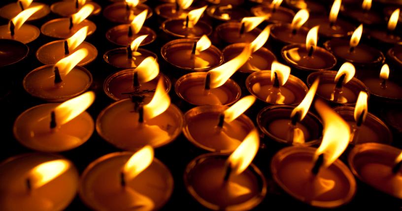 Žvakės prie Seimo