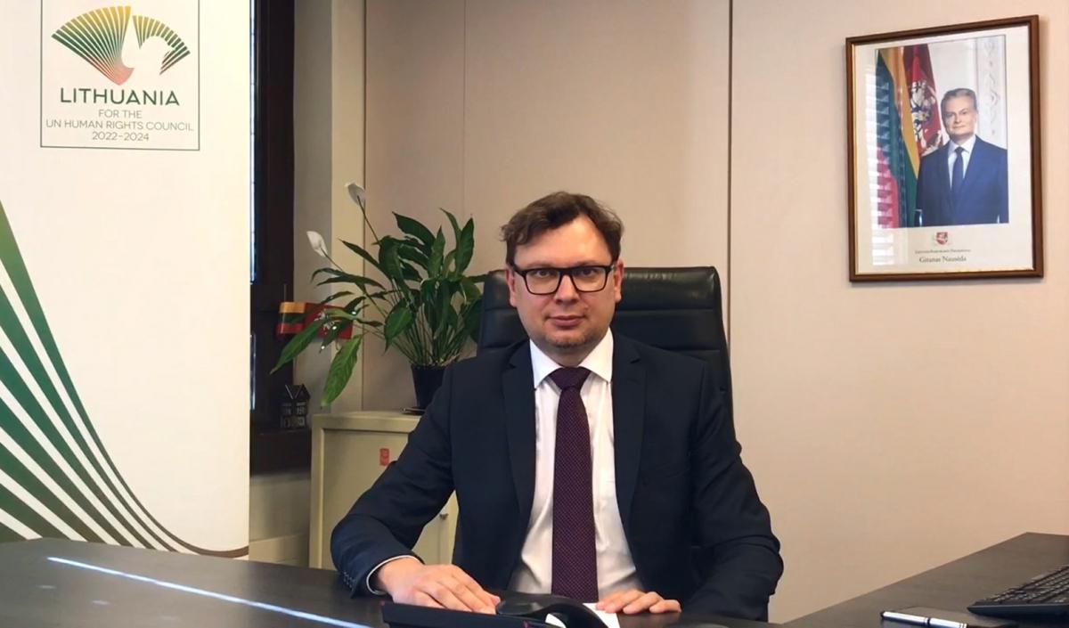 Lietuva JT Žmogaus teisių taryboje paragino užtikrinti žmogaus teisių apsaugą taikių protestų metu
