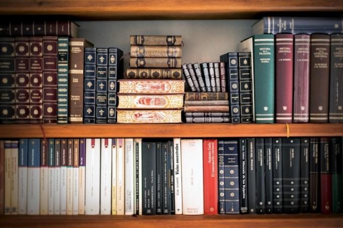 buku jurnal ilmiah