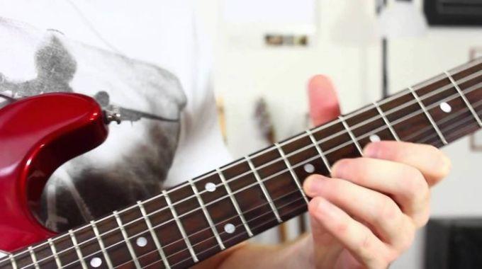 belajar melodi gitar dengan teknik vibrato