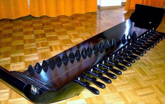 alat musik kecapi tradisional indonesia