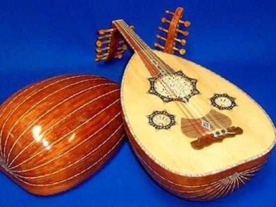 alat musik petik selain gitar gambus indonesia