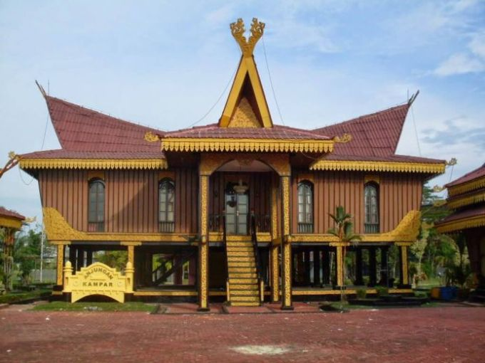 Rumah Adat Provinsi Riau
