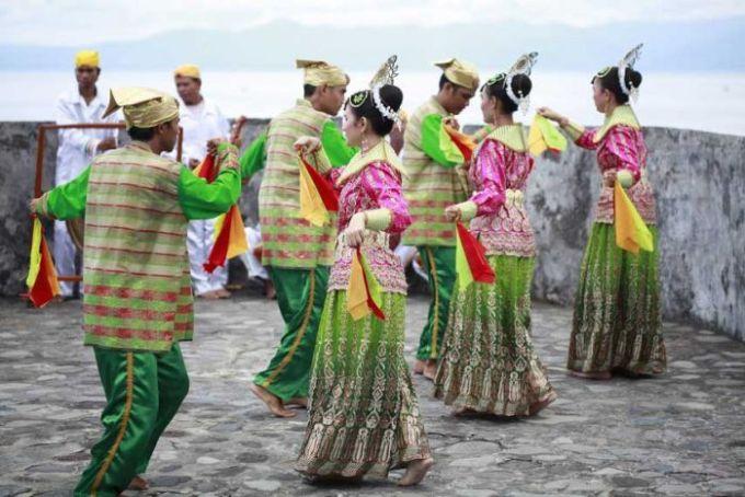 Tarian Daerah Maluku