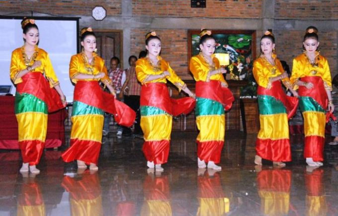Tarian Daerah Sulawesi Tengah