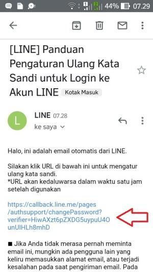 Ketuk URL yang telah dikirim oleh LINE