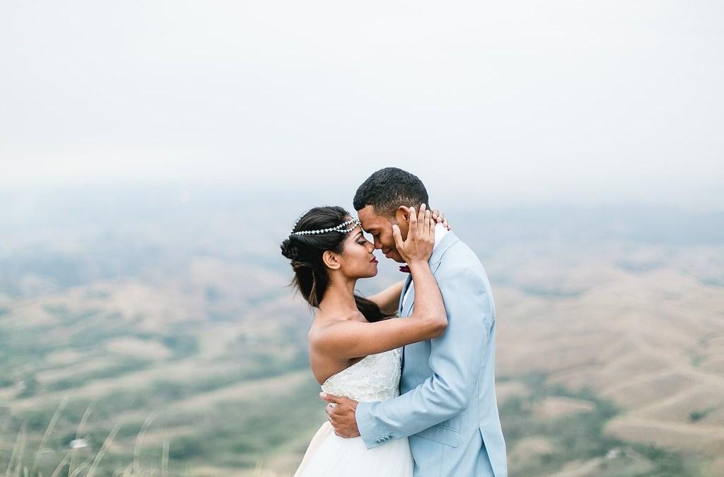 Fiji Wedding Dress Inspiration – When Freddie Met Lilly