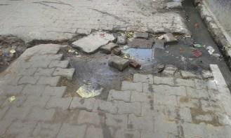 दीपक का कहना है कि मोहल्ला वैश्यान और मुख्य बाजार की हालत बहुत खराब है।