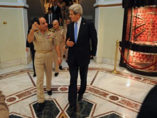 Secretary of State John Kerry and General Abdel Fattah al-Sisi in Cairo. (Photo Credit: Wikimedia Commons)