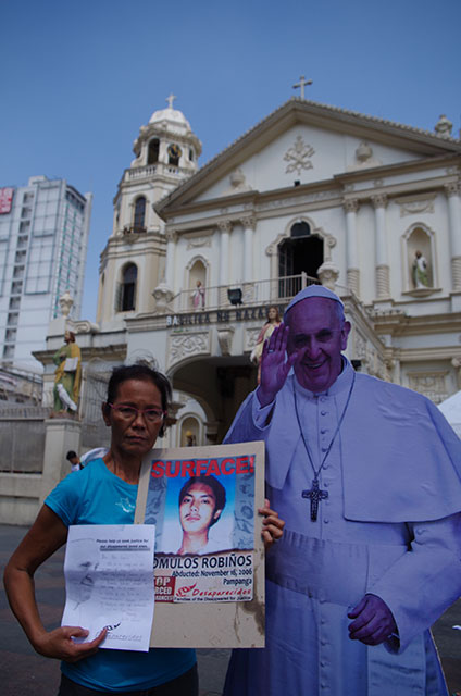 Lolita Robiños, pins her hopes on Pope Francis. She has been looking for her son Romulos for more than eight years (Photo by Ronalyn V. Olea/ Bulatlat.com)