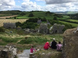 Awaiting the arrival of the Bulfin Heritage Cycle, at the Rock of Dunamase