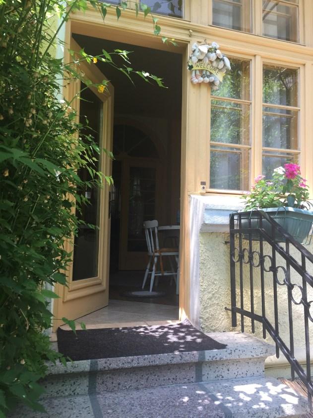 Ovi Airbnb asuntoon Plovdivissa