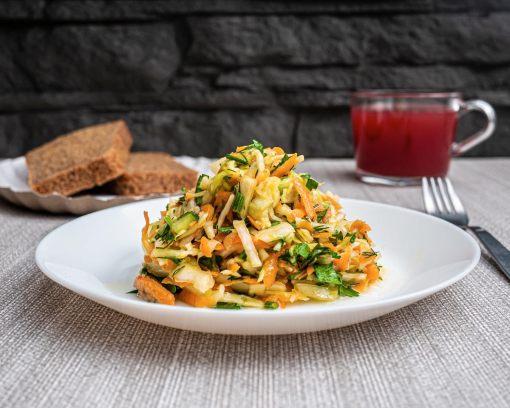 Булкаешька-салат-витаминный