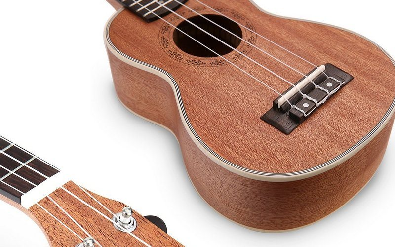 Best Ukulele Reviews - Choose the Right One for Your Needs!