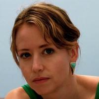 Laura van den Berg