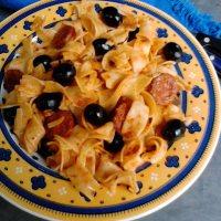 Pâtes à l'espagnole, sauce tomate et chorizo
