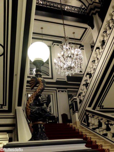 saint-james-paris-detail-escalier