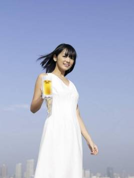 beer girl 7