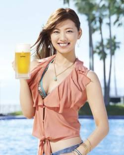 beer girl 9