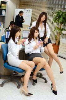 office-lady-11