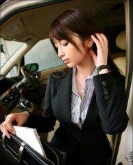 office-lady-22